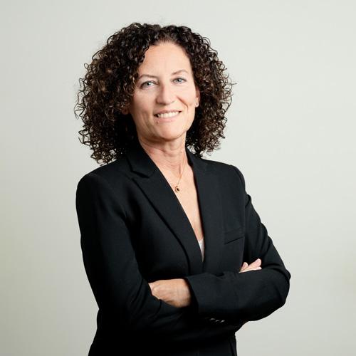 portrait femme professionnel entreprise bureau